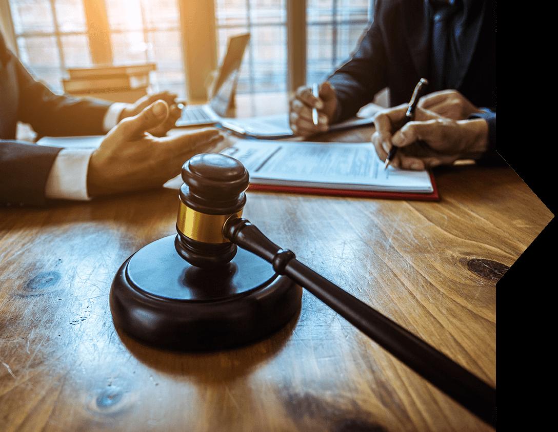 advokát pro obchodní právo praha